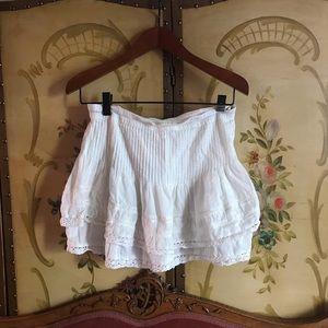 ✨DrEAMY Free People White Lace Gauze Mini Skirt